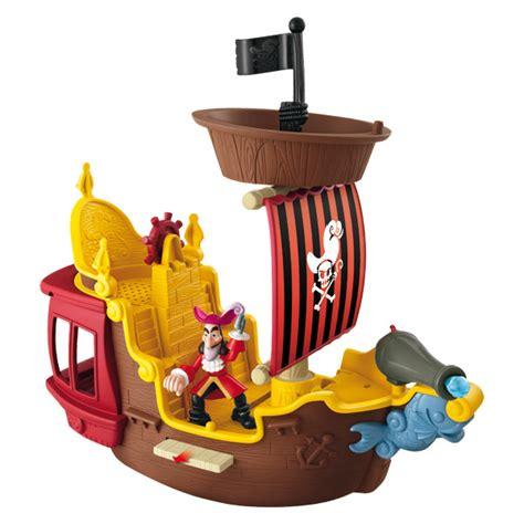 siege bateau en promo le jolly roger fisher price king jouet héros