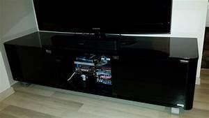 Meuble Salon Noir : meuble tv noir verre clasf ~ Teatrodelosmanantiales.com Idées de Décoration