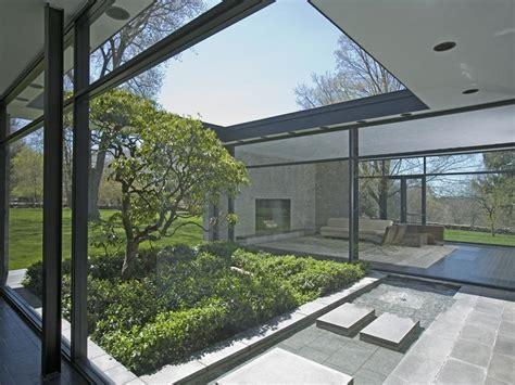 phillip johnson hodgson house modern design