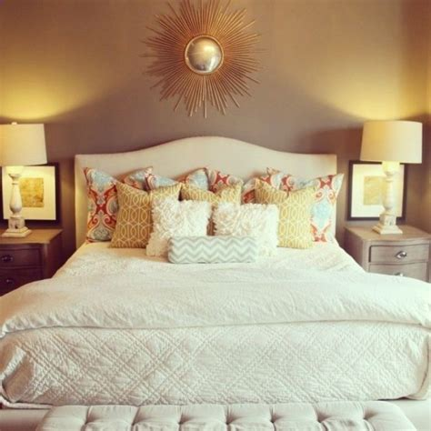 White Accent Pillows For Bed by Loads Of Pillows 44 Cozy Bedrooms To Inspire The Home
