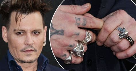 johnny depp ditches wedding ring  amber heard files