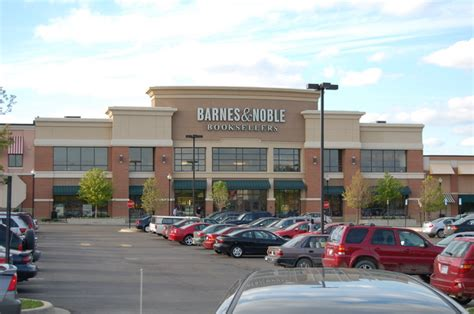barnes noble s barnes noble plans to shutter about a third of its