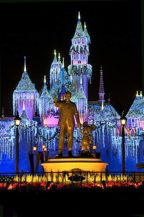Christmas lights new year disneyland night new year disney the city. Disneyland iPhone Wallpaper - WallpaperSafari