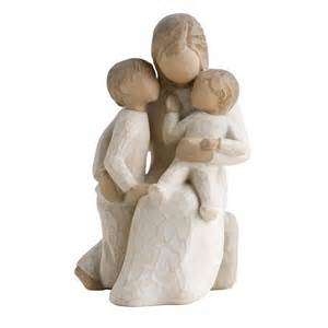 willow tree quietly figurine 26100 quietly encircled by mothers family willow tree