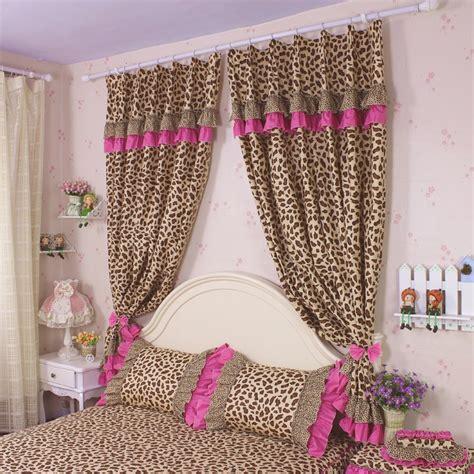 chambre leopard rideaux léopard achetez des lots à petit prix rideaux