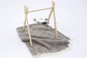 Arche Bébé Bois : diy comment fabriquer un portique en bois pour veiller la curiosit de b b ~ Teatrodelosmanantiales.com Idées de Décoration