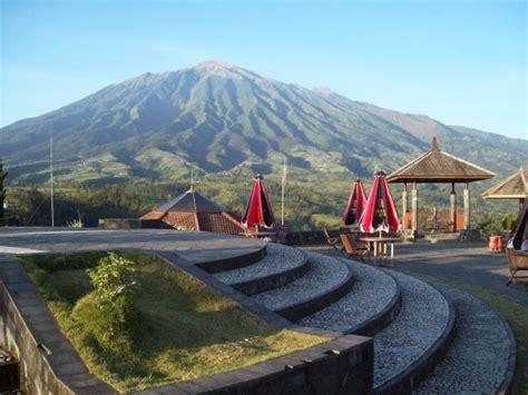 wisata ketep menikmati puncak puncak gunung  pulau jawa