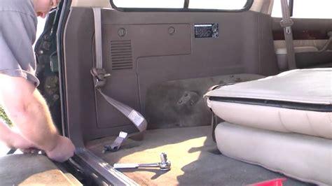 removing rear seats  seat belts   lx land