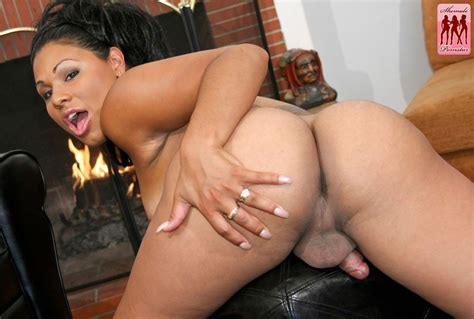 Big Booty Shemale Naked Shemale Pictures Redtube
