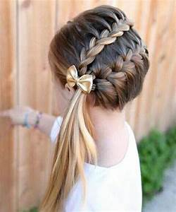 Coiffure Facile Pour Petite Fille : magnifiques coiffures pour petite fille l 39 occasion de no l 2016 coiffure simple et facile ~ Nature-et-papiers.com Idées de Décoration