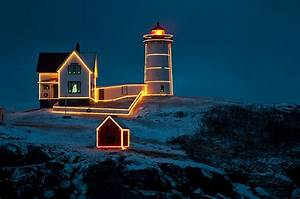Christmas At Nubble Light Photograph by Paul Mangold
