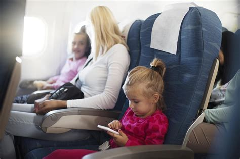 ways  survive plane travel  young kids tlcme tlc