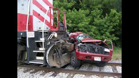 Train Crash Compilation 2017
