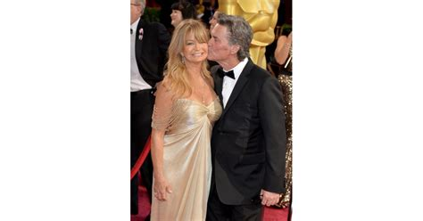 Kurt Russell gave Goldie Hawn a kiss on the red carpet ...
