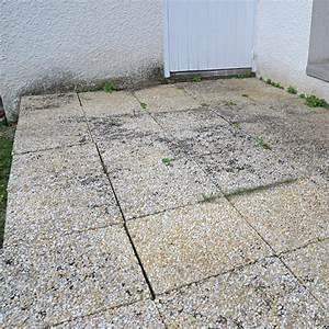 Dalles Beton Terrasse : refixer les dalles d 39 une terrasse ~ Melissatoandfro.com Idées de Décoration