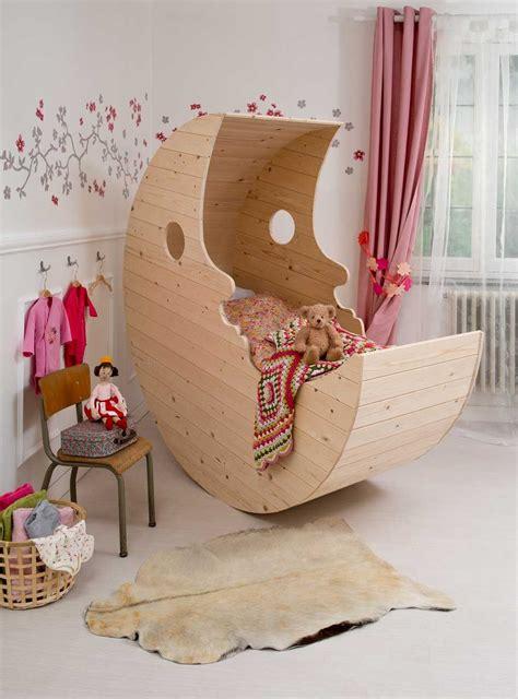 le berceau lune pour les makers houten wieg baby