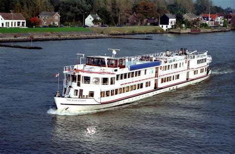 henry dunant  passagiersschip binnenvaarteu