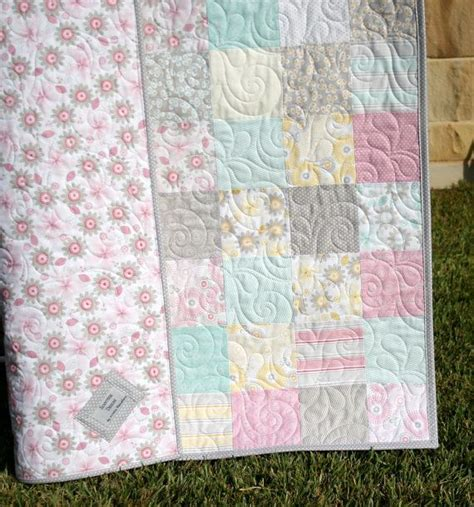 shabby chic baby quilt 17 best images about baby girl quilt on pinterest shabby
