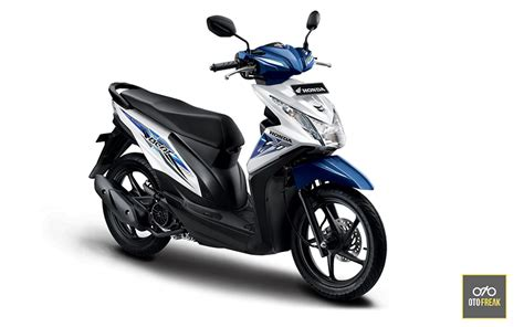 Review Honda Scoopy 2019 by Honda Beat Vs Scoopy Review Indonesia 2019 Otofreak