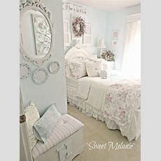 Girl, It's The Famous Shabby Chic  Home  Dormitorio