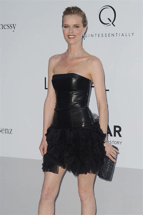 Conhecida por seu trabalho na victoria's secret desde 2006 e participando dos desfiles de 2007 até 2010 e também é conhecida pelo seu trabalho na grife burberry. Eva Herzigova at 2012 amfAR - Leather Celebrities