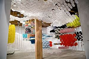 Gas giant an enormous suspended kite installation by for Gas giant an enormous suspended kite installation by jacob hashimoto