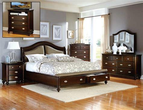 Cherry Wood Bedroom Set by Cherry Wood Bedroom Set Enjoying The Benefits Home