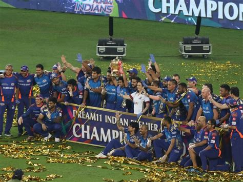 Indian premier league latest news, live score & commentary, ipl 2021 schedule, csk, dc, rcb, rr, srh, mi, kkr, kxip news on insidesport.co. Indian Premier League Final: Wasim Jaffer's Epic Message For Mumbai Indians As They Win 5th IPL ...