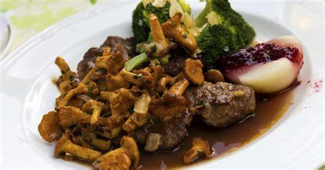 recette filet de chevreuil aux chanterelles sauce grand