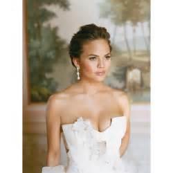vera wang wedding dress prices chrissy teigen wedding dress photos