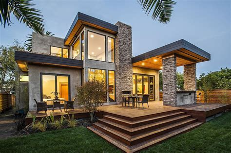 Factory built homes offer you the most home for your $$'s. Luxury Prefabricated Modern Home - Décoration de la maison