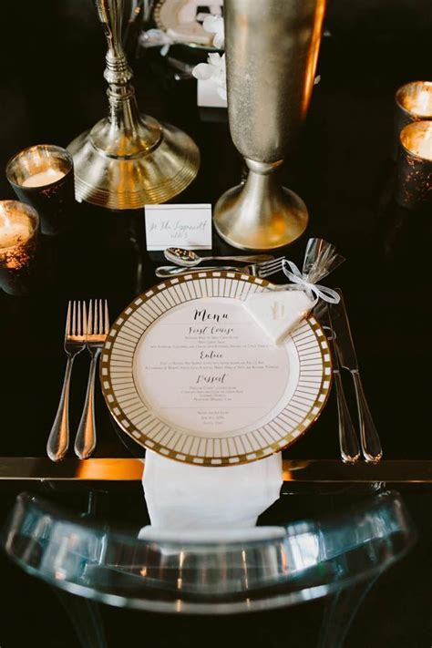 These Gatsby Wedding Ideas are Perfect for Your Vintage