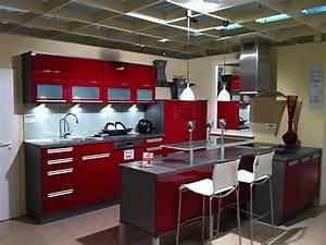 Küche In Rot : musterk che modell xeno in rot ultra hochglanz ausstellungsk che in coesfeld von stall ~ Frokenaadalensverden.com Haus und Dekorationen