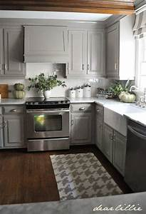 Small kitchen design ideas evesteps for Kitchen cabinet trends 2018 combined with navy blue and white wall art
