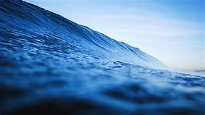 Android Wallpaper: Catch a Wave  Wave