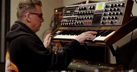 The-mike-dean-moog-dfam-jam-fact-magazine-music-news-new