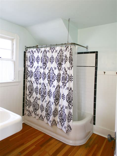 shower curtain ideas tips to choose shower curtains for kid s bathroom