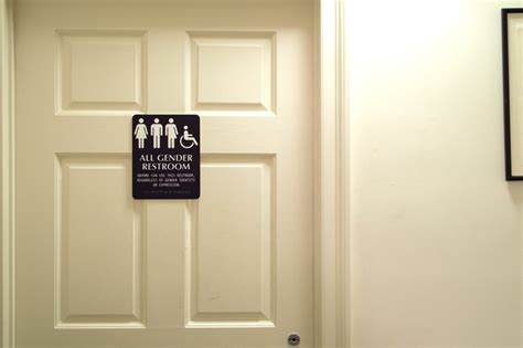 Gender Neutral Bathrooms On College Cuses by College Focuses On Gender Neutral Restrooms During House