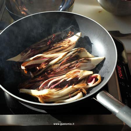 Cucinare Radicchio Rosso In Padella radicchio rosso di treviso in cucina
