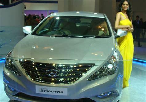 hyundai sonata coming  auto expo