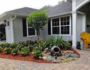 Small front yard landscaping ideas pictures home dignity for Front yard landscaping ideas for small homes