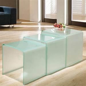 Kleine Couchtische Design : effektvolle couchtische aus glas ~ Michelbontemps.com Haus und Dekorationen