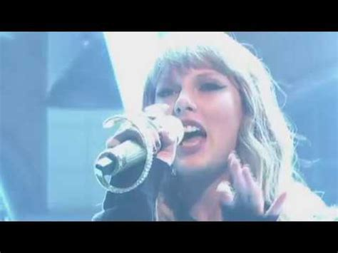 Taylor Swift Ready For It (Live) - YouTube