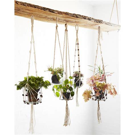 cuisine noir et blanche suspension plante corde tressée ecru frange perle madam