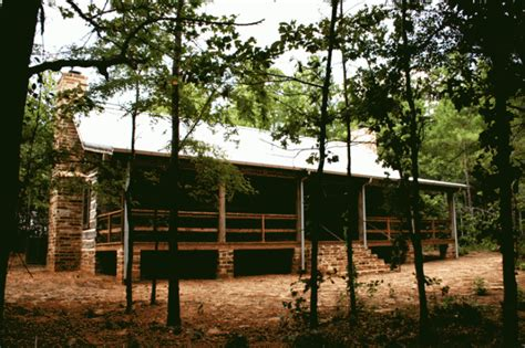 historic dogtrot log home  stephen  chambers architects
