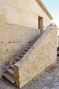 Bricolage Avec Robert : marche d escalier en pierre bloc marche escaliers en ~ Nature-et-papiers.com Idées de Décoration