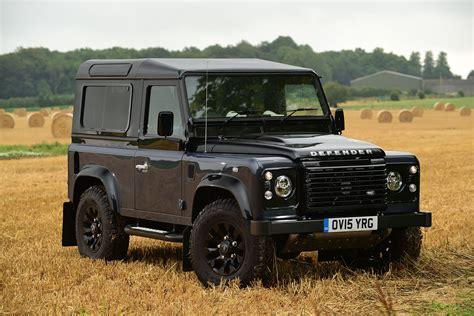 land rover defender 2015 4 land rover defender 90 2015 review pictures auto express