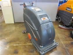 refurbished viper fang 20 quot self propelled scrubber