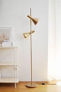 Stehlampe Weißer Schirm : die besten 25 stehlampe wei ideen auf pinterest dachausbau querbalken wei er lampenschirm ~ Indierocktalk.com Haus und Dekorationen
