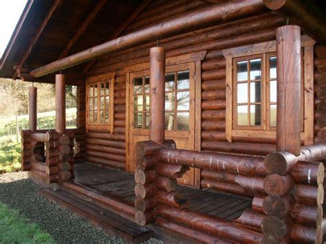 traditional  log cabin bude cornwall north coast log cabins cornwall devon